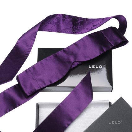 p-11089-Intima_silk_blindfold_purple_pers.jpg
