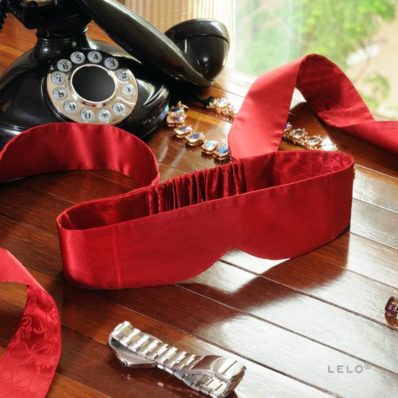 p-11089-Intima_silk_blindfold_red_mv.jpg